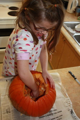 Cleaning pumpkin guts